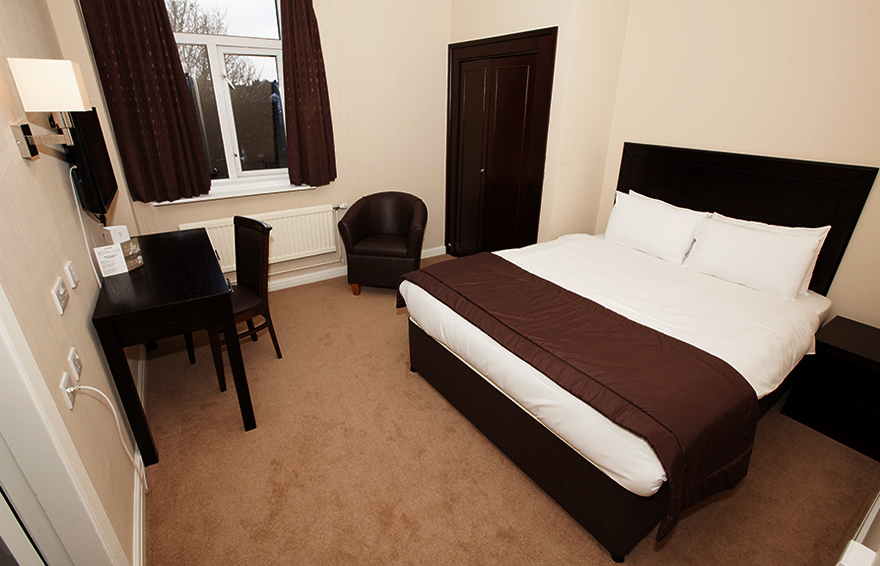 Double Room, Hotel Swansea
