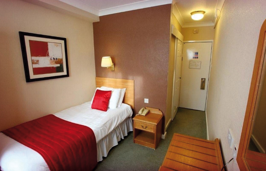 Single Room, Hotel Swansea