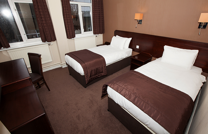 Twin Room, Hotel Swansea